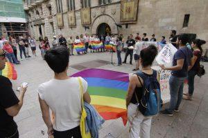 Denúncia al professor homòfob del Gili i Gaya